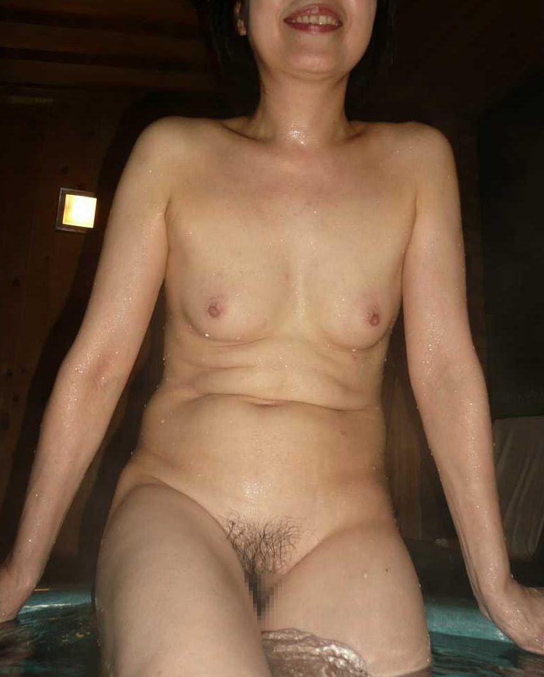 50代熟女の全裸画像まとめ22