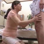 50代お母さんがマザコン息子の肉棒で喘ぐ無料セックス動画